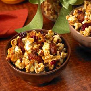 Cranberry-Orange Caramel Corn