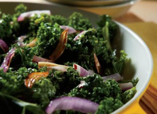 Sauteed Kale, Red Onion and Garlic Recipe