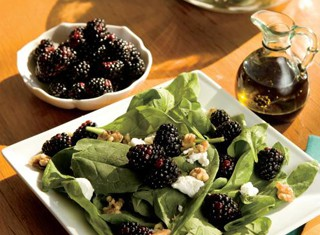 Easy Spinach Salad Recipe With Goat Cheese, Blackberries, Warm Balsamic Dressing