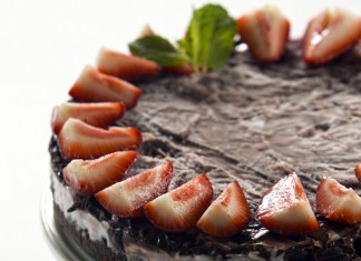 Berry Chocolate Cheesecake Freezer Tart Recipe