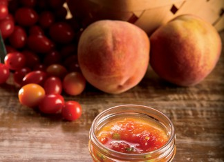 Fresh Tomato Peach Relish