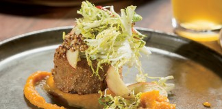 Fresh on the Menu app, South Carolina, Bacon Brothers Public House in Greenville