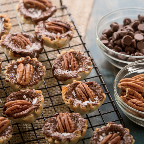 Chocolate Pecan Cheesecake Tarts
