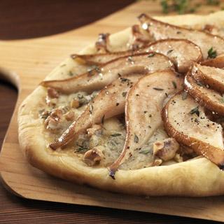 Pear Gorgonzola and Walnut Pizza Recipe