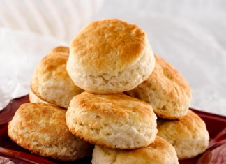Light, Fluffy Biscuits Recipe from White Lily