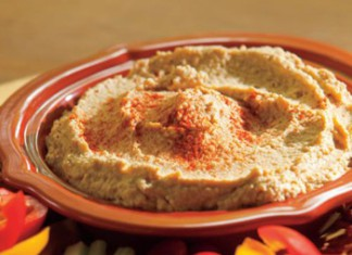 Hot Wings Hummus recipe