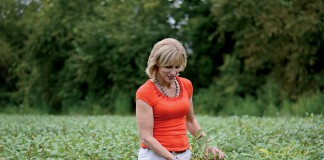 Annie Dee Row crop farmer in Alabama