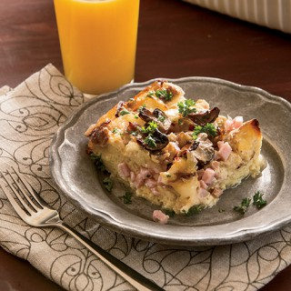 Ham and Brie Breakfast Strata