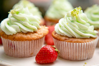 strawberry lime margarita cupcakes
